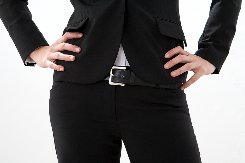 woman hips - Fixes for Your All-black Wardrobe