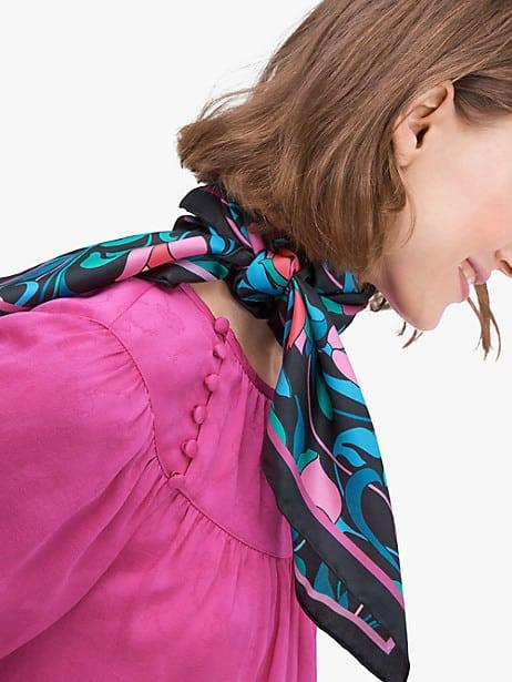 SilkScarf - Fall Fashion 2021