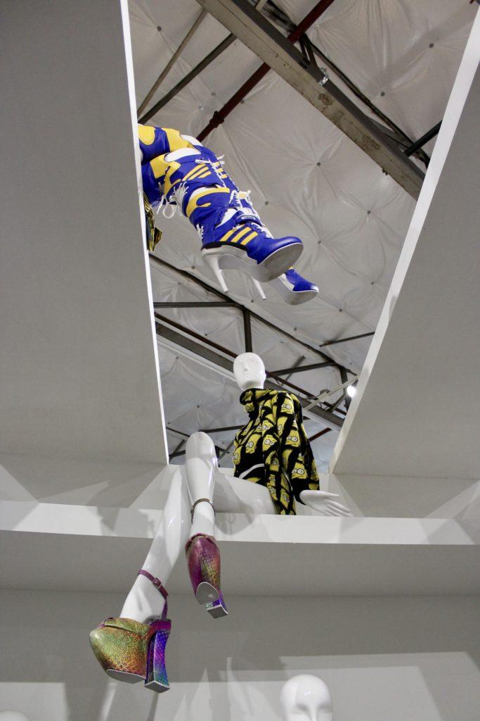fullsizeoutput 8227 683x1024 - Jeremy Scott Makes Fashion Fun